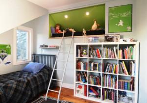 место для хранения книг в комнате фото